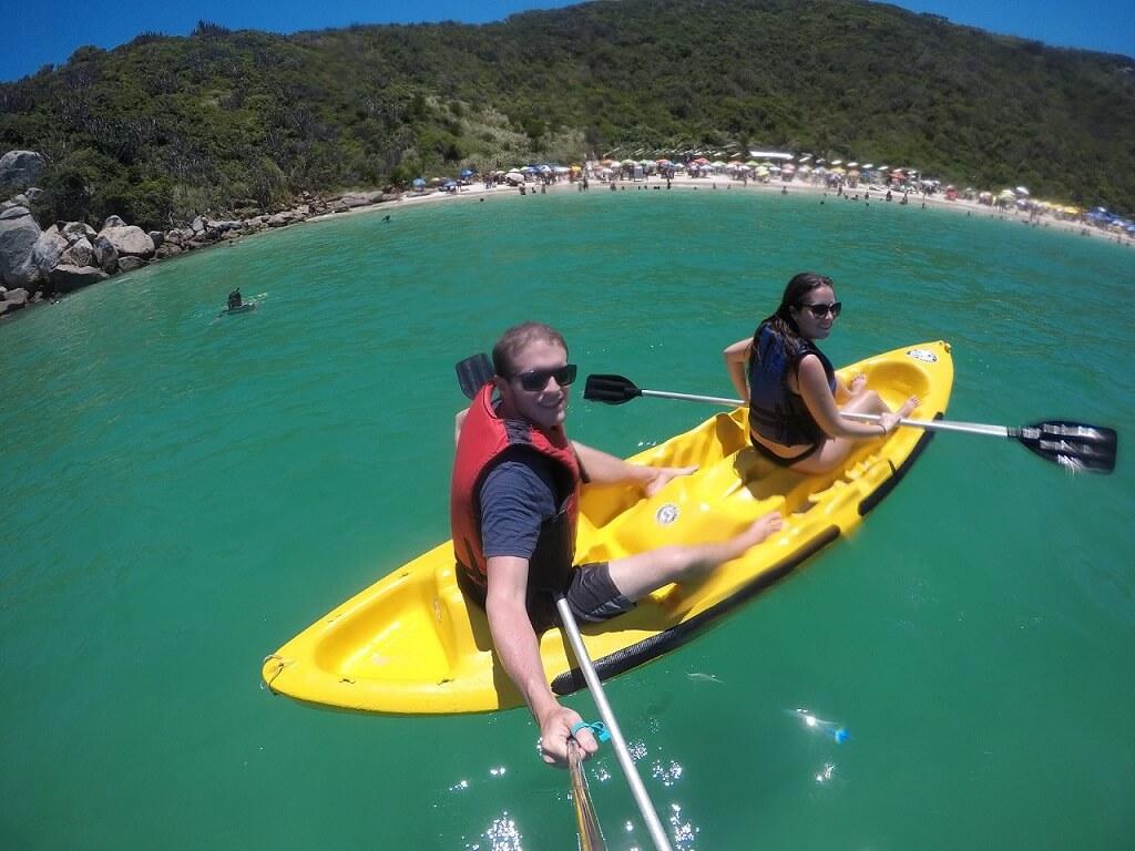 Aluguel de caiaque Praia do Forno Arraial do Cabo