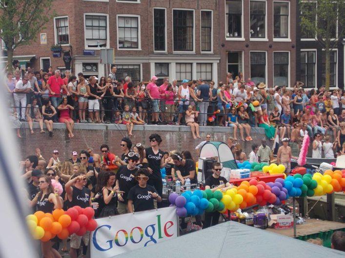 Parada Gay em Amsterdã