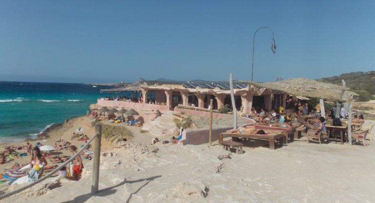 Melhores praias de Ibiza Cala Comte