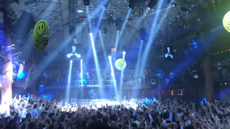 Festas em Ibiza Amnesia