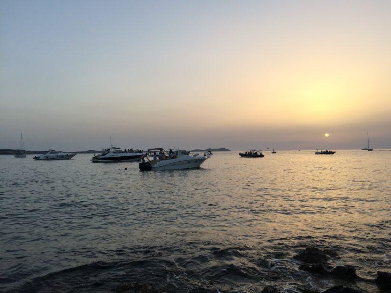 O que fazer em Ibiza pôr do sol em San Antoni