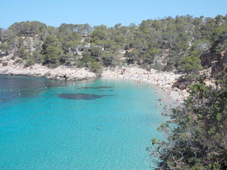 Melhores praias de Ibiza Cala Salada e Saladeta