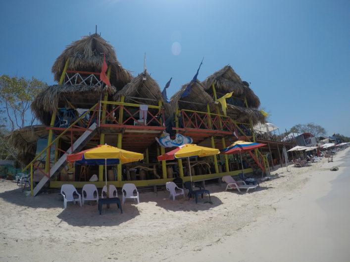 Hospedagem na Playa Blanca Cartagena Cabanas Princesa del Mar
