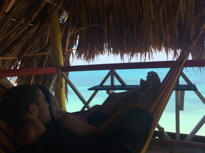Hospedagem na Playa Blanca em Cartagena