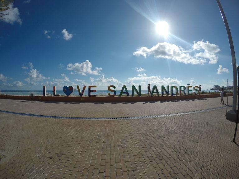 Letreiro I love San Andrés