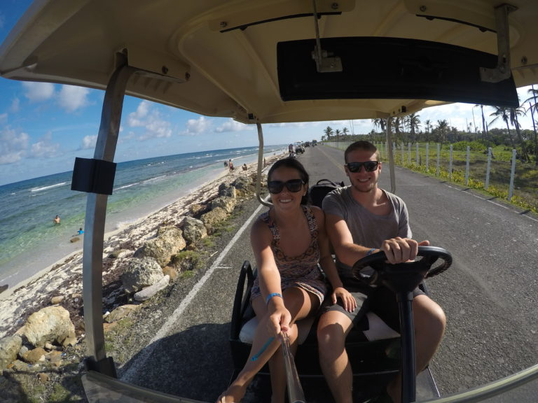 Volta a ilha de carrinho de golfe em San Andrés